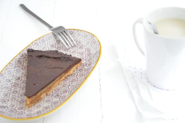Pastel de chocolate y caramelo